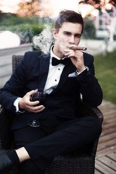 The Class Of The Gentleman: Photo Preppy Boys, Cigar Men, Man Smoking, Cigar Smoking, Groom Style, Gentleman Style, Stylish Men, Mens Suits, Suit Men
