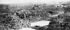 Personnel of the Canadian Machine Gun Company holding the line in shell holes during the Battle of Passchendaele. Photo: William Rider-Rider / Library and Archives Canada / Veterans Affairs Canada. Lest we forget. Triple Entente, World War One, First World, Ww1 Battles, Battle Of Passchendaele, Battle Of Ypres, Flanders Field, No Mans Land, World History