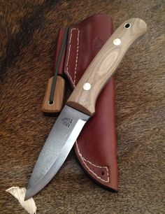 Unground 01 Woodlander with Stabilised Elm Scales-SR