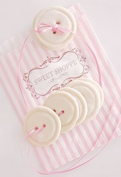 Aesthetically You, Pink Macaroons, Pastel Candy, Pastel Pink, Pink Images, Kawaii Gifts, Cute Desserts, Frame Template, Kawaii Shop