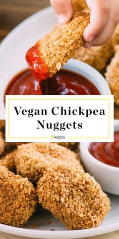 Add this healthy, vegan, protein packed chickpea nuggets recipe to your list of . - Very Vegetarian - Food Vegan Foods, Vegan Dishes, Vegan Junk Food, Vegan Meals, Whole Food Recipes, Cooking Recipes, Cooking Kale, Dessert Recipes, Cooking Pork