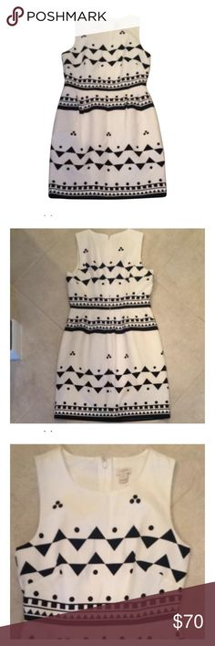 J. Crew textured Aztec pattern dress J. Crew dress • navy & white • Aztec-like patterned • versatile for work or brunch • Sz 8 • excellent condition • fast same/next day shipping J. Crew Dresses