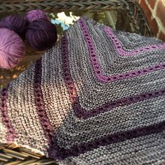 Circular Reasoning Cowl pattern by Mary Annarella on #Ravelry