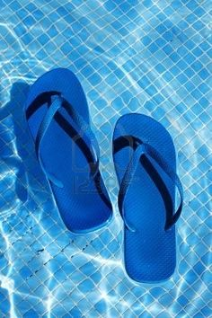 flip flops & water   all you need.