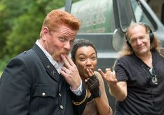 Michael Cudlitz (Abraham Ford), Sonequa Martin-Green (Sasha) and Greg Nicotero (Executive Producer in S6 E9