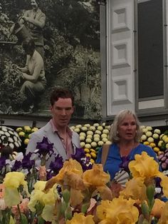 Turns Out Benedict Cumberbatch Really Loves Flowers (with his mum at the Chelsea Flower Show)