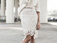 jupe taille haute droite en blanc en forme dégradée