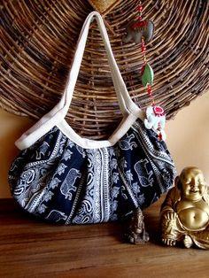 Bolsa feminina extremamente fácil de fazer e muito bonita.