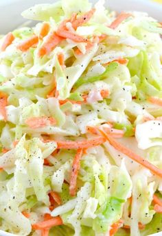 This is an amazing copycat version of the famous KFC Coleslaw Recipe. It's sweet, a little tangy and fabulously creamy! My all-time favorite coleslaw recipe Copycat Kfc Coleslaw, Best Coleslaw Recipe, Coleslaw Recipe With Buttermilk, Kfc Coleslaw Recipe With Miracle Whip, Chick Fil A Coleslaw Recipe, How To Make Coleslaw, Restaurant Recipes, Dinner Recipes, Sauces