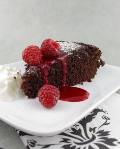 Life's a feast: CHOCOLATE CAKE with OLIVE OIL & MAPLE SYRUP