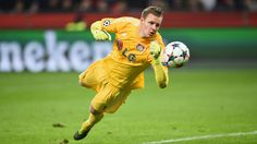 @Leverkusen Bernd Leno #9ine Aston Villa Fc, Image Foot, Le Club, Chelsea Fc, Football Players, Soccer Ball, Cas, Sports, I Want You