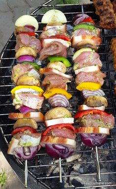 Grilling Recipes, Pork Recipes, Baby Food Recipes, Cookie Recipes, Chicken Schnitzel, Grill Party, Romanian Food, Kebabs, Bacon