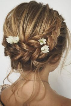 36 wedding hairstyles for medium hair pinterest medium hair check out our photo gallery and find the trendiest wedding hairstyles for short hair with our ideas you will look truly fabulous junglespirit Images