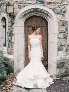Robe de mariée bustier, coupe sirène - Robe: Sareh Nouri collection mariée 2015 #weddingdress #bridaldress #glamour