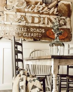 "Blair Campbell Teer on Instagram: ""Do you have a favorite pickin' piece? I've joined up with some pickin' friends to share some of our top moments from 2019. (Tap the pic to…"" Decoration, Rustic Farmhouse, Nest, In This Moment, Vintage, Country, Friends, Top, Instagram"