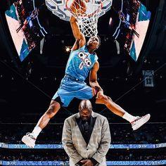 Hamidou Diallo dunks over Shaq and finally wins the 2019 NBA Slam Dunk Contest. Basketball Photos, Basketball Players, Basketball Drawings, Basketball Art, Oklahoma City Thunder, Lebron James, Michael Jordan, Nba Slam Dunk Contest, Basketball Photography