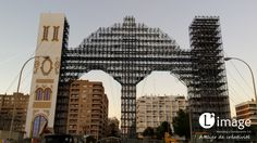 11 de febrero de 2016. Comienza el proceso de panelado de la Portada de la Feria de abril de Sevilla 2016. ¡Ya va cogiendo color! http://www.limagemarketing.es/ L'image Marketing | Agencia de Publicidad y Comunicación en Sevilla
