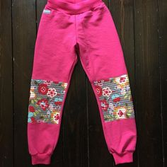 Another pair of pants with reinforced knees for my lovely daughter. #designauranah