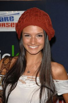Alice Greczyn in The Lying Game The Lying Game, Very Beautiful Woman, Beautiful People, Alice Greczyn, Celebs, Celebrities, Celebrity Pictures, American Actress, Knitted Hats