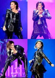 Demi Lovato - DEMI World Tour