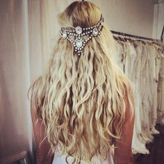 This is exactly what my hair does if I just let it dry. I feel like my wedding day would be the one day I actually want to style it with heat, but I love this look.