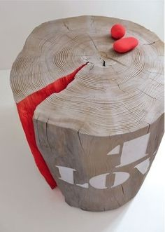 Tree stump stools idea. Picture from The Design Chaser. I would love this as a side table or coffee table in a small living room.