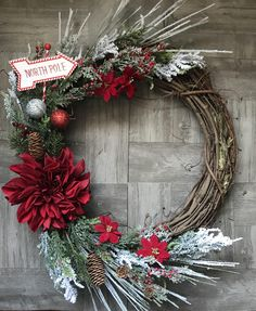 Unique Christmas Decorations, Christmas Crafts For Gifts, Holiday Decor, Diy Wreath, Grapevine Wreath, Wreath Ideas, Poinsettia Wreath, Floral Wreath, Christmas Door Wreaths