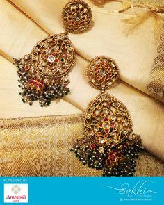 Used Sterling Silver Jewelry Key: 1139618568 Indian Wedding Jewelry, Indian Jewelry, Bridal Jewelry, Hyderabadi Jewelry, Rajputi Jewellery, Gold Earrings Designs, Indian Earrings, Sabyasachi, Antique Jewelry