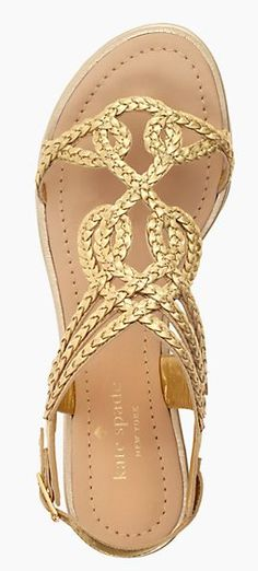 Such a pretty sandal http://rstyle.me/ad/rvmmenyg6