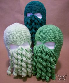 For all you SciFi geeks out there! Crochet Pattern - Cthulhu Ski Mask - PDF file only Crochet Mask, Crochet Beanie, Knitted Hats, All Free Crochet, Love Crochet, Knit Crochet, Crochet Boys, Cthulhu, Crochet Crafts
