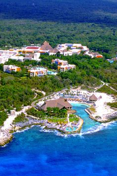 Poised on a powder-soft beach, just next door to the eco-archeological Xcaret Park, Occidental Grand Xcaret provides an extraordinary, all-inclusive experience. #AskMeDestinationWeddings