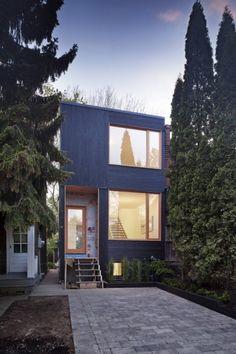Casa 1 / Kyra Clarkson Architect - casa pequeña y angosta con distribución interesante