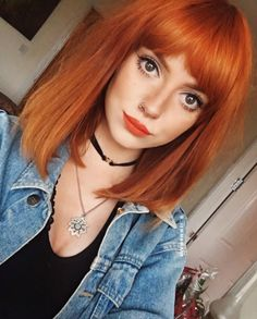 5 Easy Red Bob Hairstyles For Women in 2019 : Have A Look! Medium Hair Cuts, Medium Hair Styles, Short Hair Styles, Red Bob Hair, Choppy Bob Hairstyles, Easy Hairstyles, Ginger Hair, Hair Lengths, Hair Trends