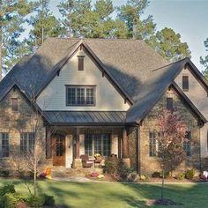 Nice 99 Awesome Farmhouse Home Exterior Design Ideas. More at http://99homy.com/2018/03/13/99-awesome-farmhouse-home-exterior-design-ideas/