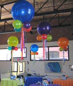 jumbo balloon centerpieces