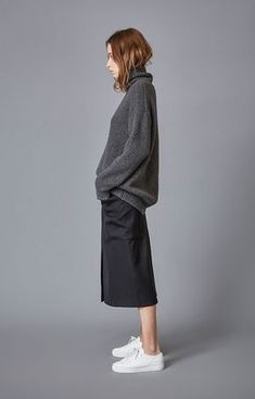 Fall outfit, culottes outfit, playing with proportion, sweater and culottes outfit, sneakers and culottes Fashion Models, Girl Fashion, Fashion Outfits, Womens Fashion, Fashion Trends, Normcore Fashion, Fashion Quiz, Modest Fashion, Streetwear Fashion