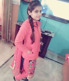Beautiful Girl Photo, Beautiful Girl Indian, Most Beautiful Indian Actress, Desi Girl Image, Girls Image, Village Girl Images, School Girl Pics, Girl Pictures, Girl Photos
