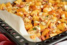 Cartofi la cuptor cu pui si cascaval Macaroni And Cheese, Dinner Recipes, Vegetables, Ethnic Recipes, Dekoration, Mac And Cheese, Vegetable Recipes, Veggie Food, Veggies