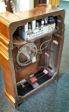 www.M37Auction.com: Antique Radio