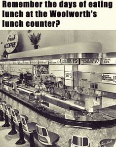 Woolworth's lunch counter My Childhood Memories, Best Memories, 1970s Childhood, Photo Vintage, Vintage Photos, Vintage Stuff, Vintage Stores, Vintage Photographs, Vintage Art