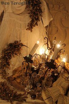 sfeertje bij den terugblik Wall Lights, Ceiling Lights, Antique Chandelier, Candle Sconces, Shabby Chic, Crystal Chandeliers, Candles, Crystals, Lighting