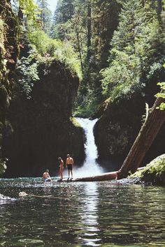 Summer days in Punch Bowl Falls - Columbia Gorge, Oregon.