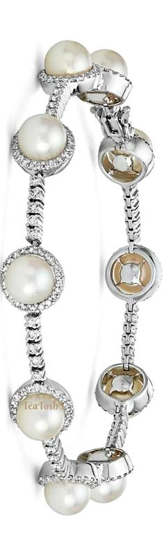 ❇Téa Tosh❇ Akoya Cultured Pearl and Diamond Bracelet in 18k White Gold