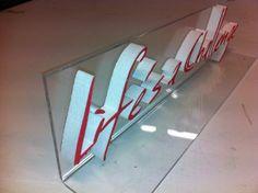Piepschuim letters op een acrylaat staander Led, Signs, Interior, Indoor, Shop Signs, Interiors, Sign