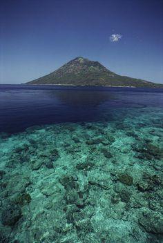 ✮ Indonesia - View of Manado Tua Island from Bunaken Island, coral reef, blue ocean