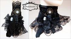 http://img11.deviantart.net/c6a2/i/2013/113/3/e/gothic_jabot_cuff_transformer_i_by_pinkabsinthe-d62pmwm.jpg