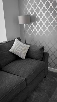 This luxury living space features the Henderson Interiors Camden Trellis Wallpaper in Soft Grey & Silver. This exclusive Trellis design will create a standout feature wall in the desired room. Feature Wall Living Room, Living Room Decor Cozy, Room Decor Bedroom, Grey Feature Wall, Feature Wall Design, Grey Wallpaper Living Room, Living Room Grey, Silver Wallpaper Home, Decorating Rooms