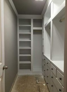 Best ideas narrow walk in closet layout Best ideas narrow walk in closet layout wardrobes Tips to Make Your Small Closet Feel Twice as Big - The Organized Momcloset with no Walk In Closet Small, Walk In Closet Design, Bedroom Closet Design, Master Bedroom Closet, Small Closets, Bathroom Closet, Closet Designs, Small Built In Wardrobe Ideas, Master Suite