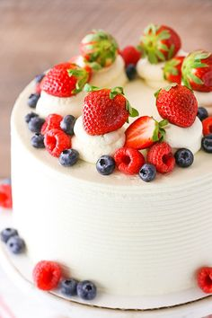 Berry Mascarpone Layer Cake - layers of moist vanilla cake, fresh berry filling and whipped mascarpo Food Cakes, Cupcake Cakes, Cupcakes, Best Fruitcake, Mascarpone Cake, Dessert Crepes, Moist Vanilla Cake, Spring Cake, Savoury Cake