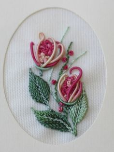 Brazilian Embroidery – Instructions for stitches are found in Art of Dimensional Embroidery by Maria Freitas. Brazilian Embroidery – Instructions for stitches are found in Art of Dimensional Embroidery by Maria Freitas. Hardanger Embroidery, Types Of Embroidery, Learn Embroidery, Hand Embroidery Stitches, Silk Ribbon Embroidery, Embroidery Techniques, Cross Stitch Embroidery, Embroidery Needles, Embroidery Tattoo